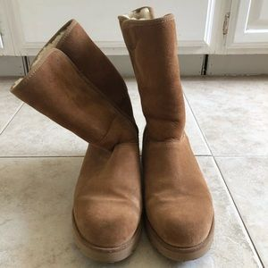 Classic Ugg Short Boot in Chestnut